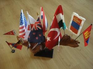 Rien zijn trots, landenvlaggetjes: zelf meegebracht!