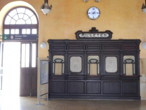Loket-station
