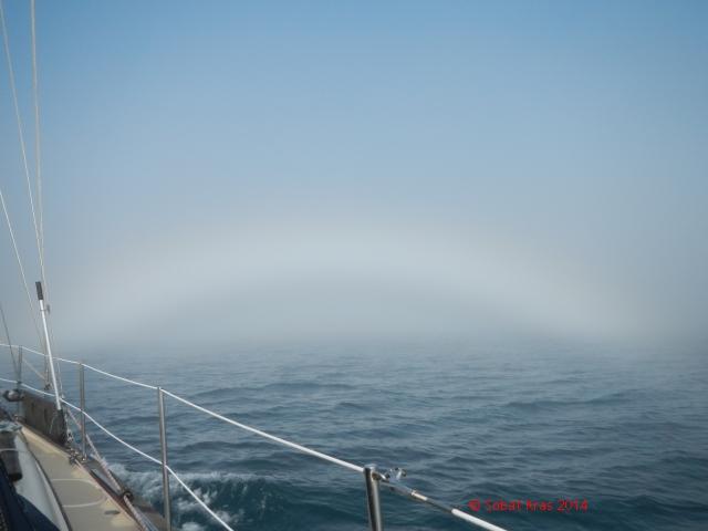 Mist op zee