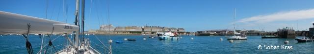 St Malo wachten op de sluisgang